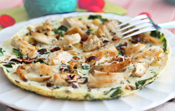 Omlette with Chicken and Apple